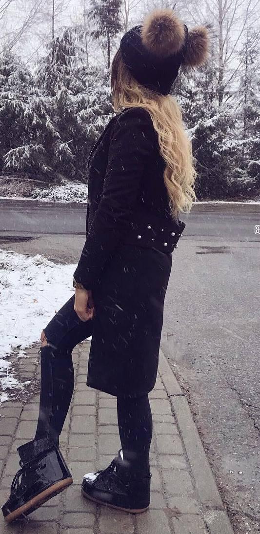 black on black | hat + cardigan + skinnies + boots