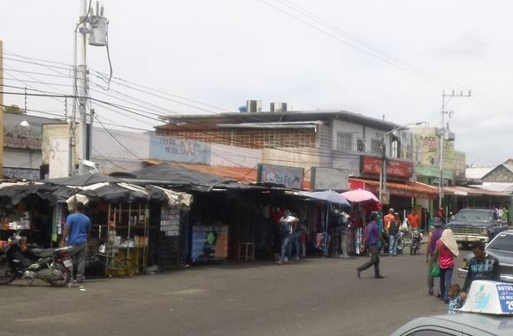 Marcha de oposición colapsó el casco central de La Villa