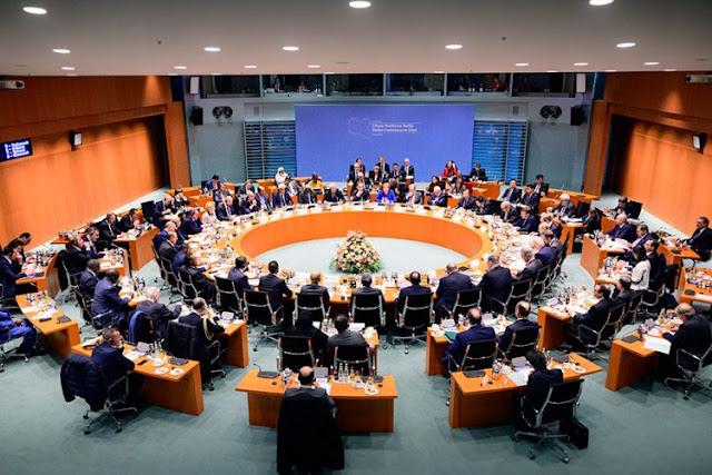 """Ολοκληρώθηκε """"επιτυχώς"""" η διάσκεψη του Βερολίνου για τη Λιβύη"""