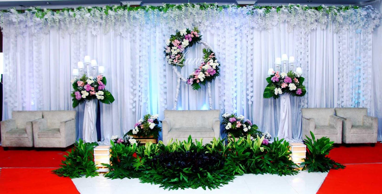 Paket pernikahan di bekasi tanpa catering yang sudah termasuk rias pengantin, dekorasi, dan tenda pernikahan