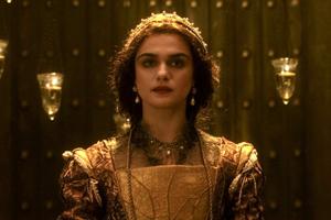 Rachel Weisz vestida de princesa