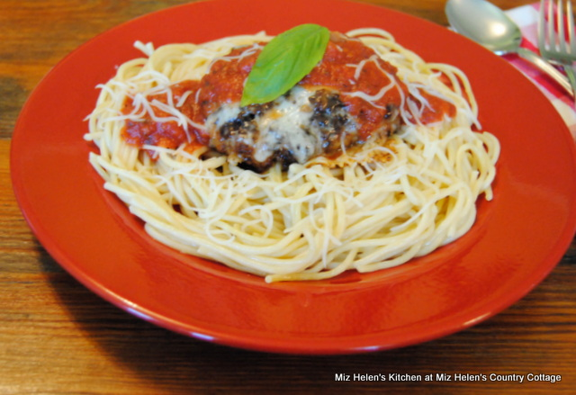 Chicken Parmesan Patty With Spaghetti at Miz Helen's Country Cottage
