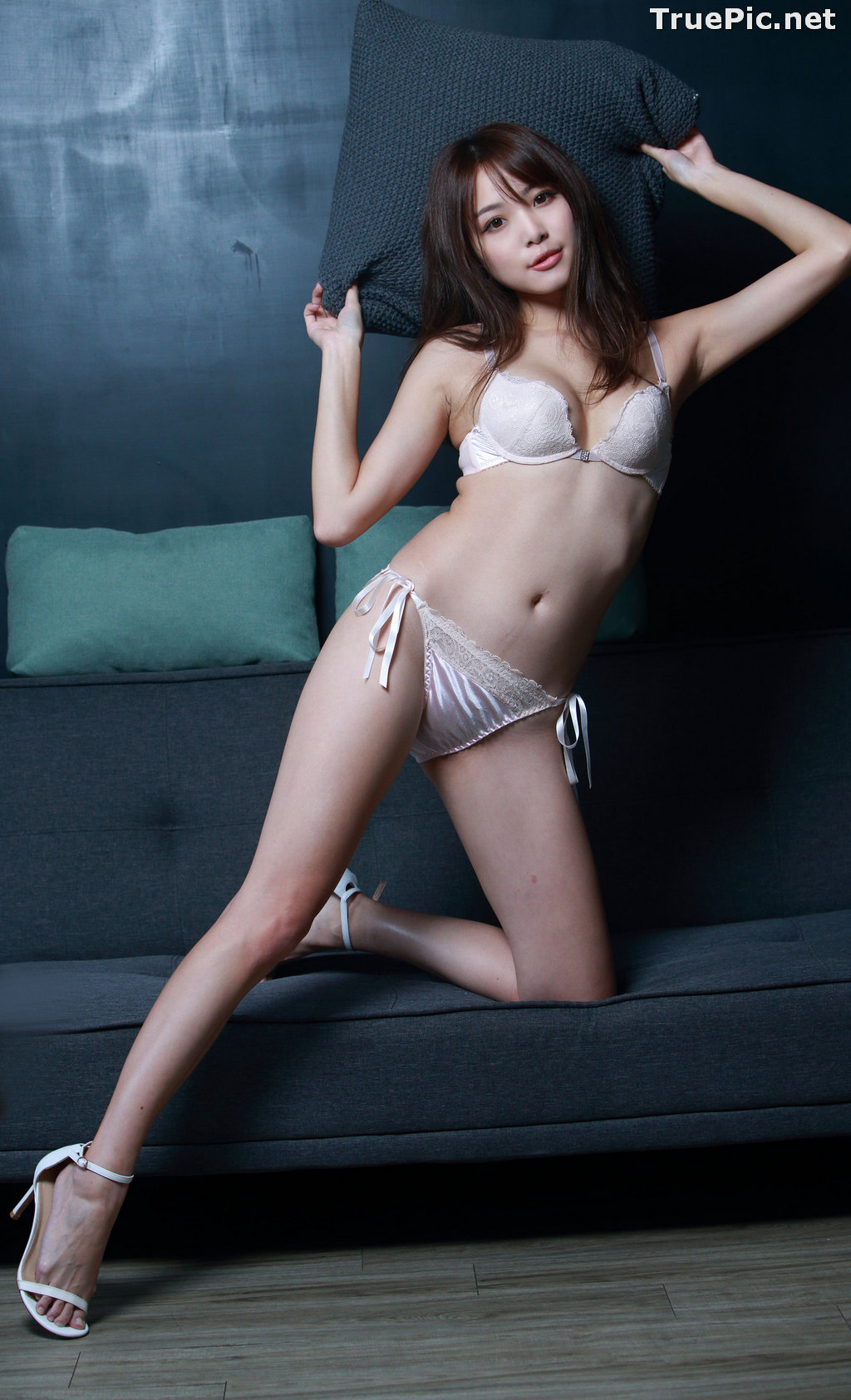 Image Taiwanese Model - Ash Ley - Sexy Girl and White Lingerie - TruePic.net - Picture-9