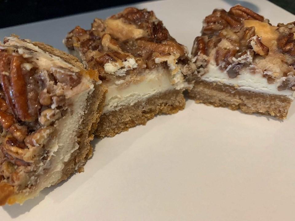 Pecan pie cheesecake squares