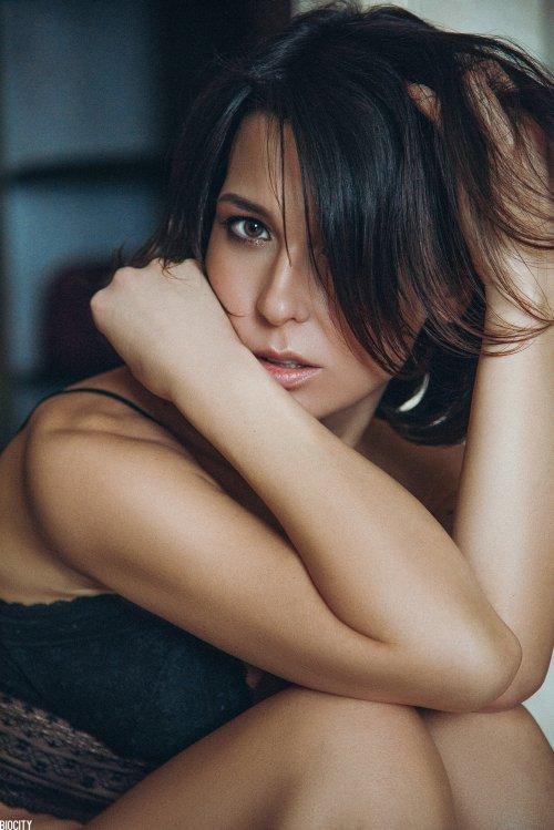Biocity Monte (Pasha Karpenko) 500px arte fotografia mulheres modelos russas beleza
