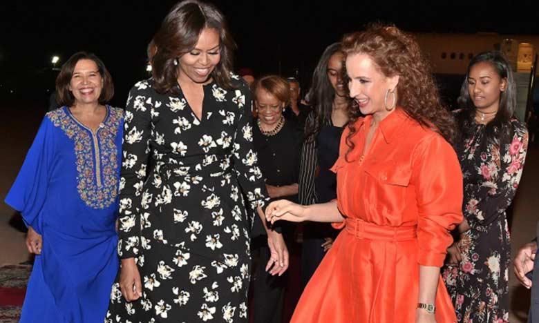 Michèle Obama annonce 100 millions de dollars pour lutter contre la déscolarisation des jeunes filles au Maroc.