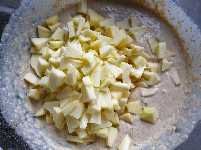Bizcocho integral de nata y manzana