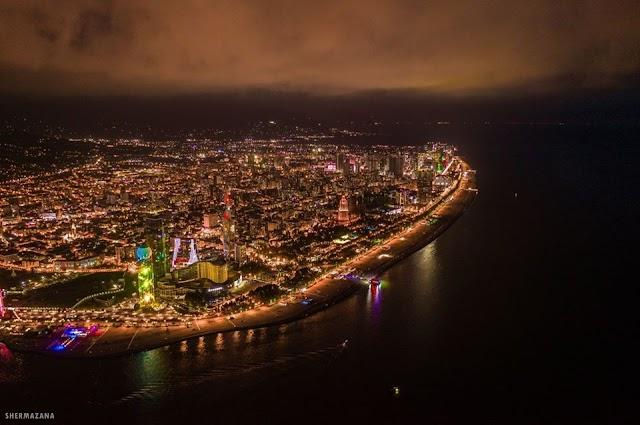 Ночной Батуми, вид с высоты птичьего полета