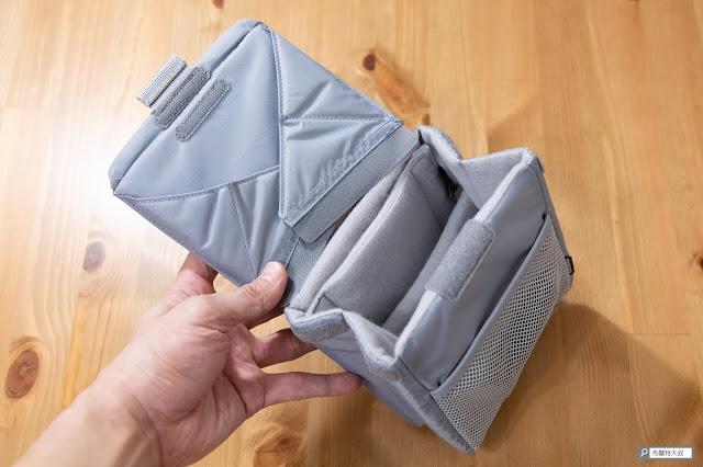 【開箱】輕巧收納好方便,HAKUBA 可折相機內袋 - 「可折收納」是這款相機內袋最大的特色之一