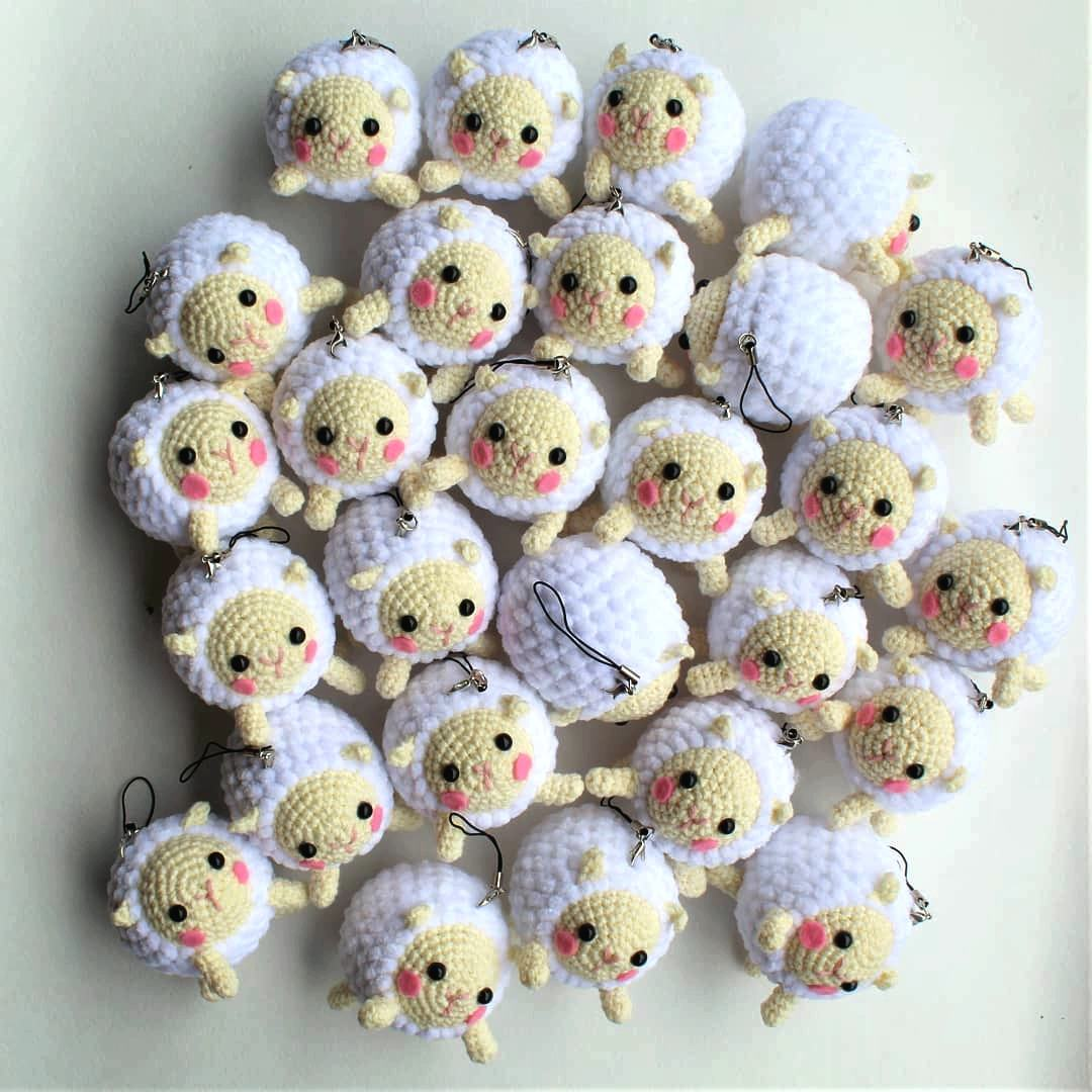 Amigurumi sheep plush toy pattern - Amigurumi Today | 1080x1080