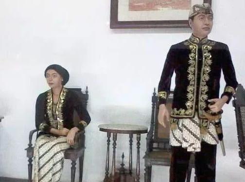 5 Pakaian Adat Jawa Barat Terlengkap Dengan Penjelasannya Coldeja Blog Seputar Informasi Menarik Unik Dan Bermanfaat