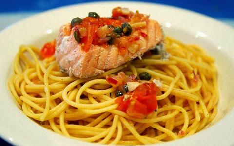 Poached Salmon with Spaghetti