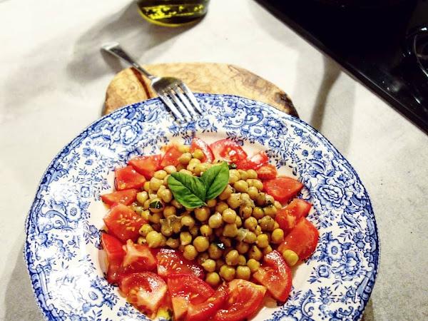 Pois chiches à l'huile d'olive et basilic frais