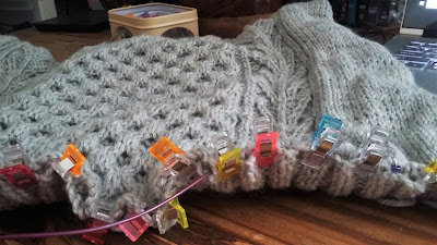 "knit picks honeycomb sweater knit from dove heather wool of the andes <a href=""http://shareasale.com/r.cfm?b=751587&u=1446317&m=59159&urllink=&afftrack="">Wool of the Andes Superwash</a>"