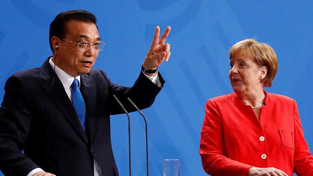 Merkel: Europa está lista para dos escenarios con los que afrontar la tensión comercial con EE.UU.