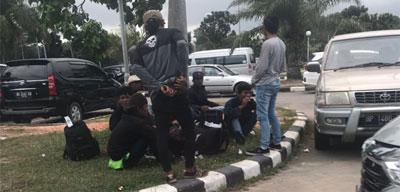 AL Penanggung Jawab Puluhan TKI Ilegal, Ditangkap KKP Pelabuhan Internasional Batam Center