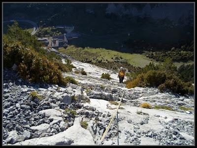Escalando Tobazogan al Tobazo, Rioseta
