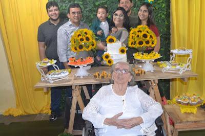 Os 94 anos de Dona Noêmia, mãe de Naldinho - Diário do Potengi