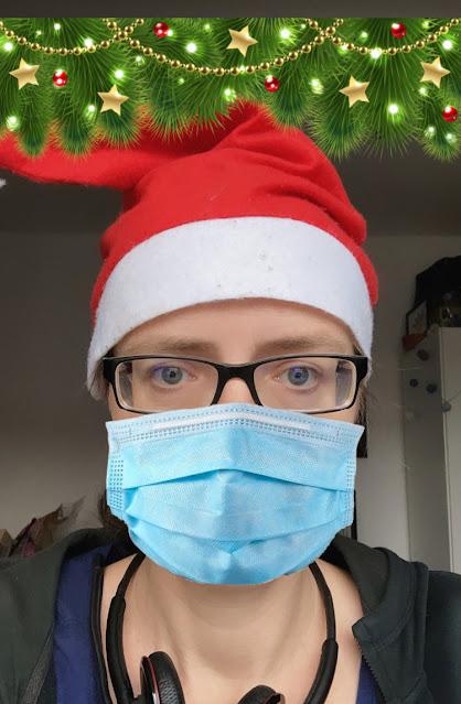 Weihnachts-Ori mit Mundschutz