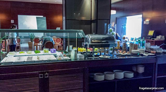 Bufê do café da manhã do Hotel NH Palermo, Sicília