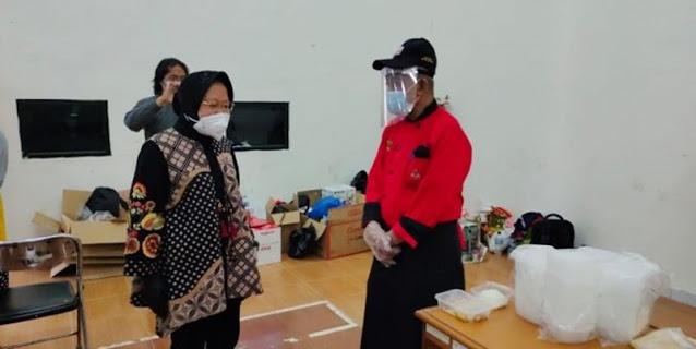 Latih Pemulung Masak, Risma Boyong Pelatih Dari Surabaya Hotel School