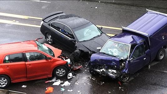 Rüyada Araba Kazası Görmek