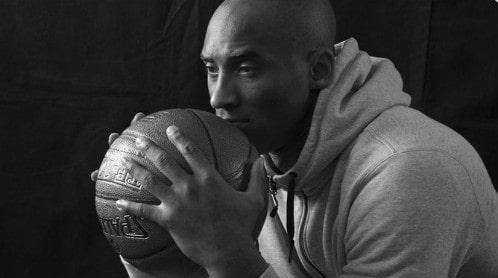 وفاة لاعب كرة السلة الأمريكى كوبى براينت Kobe Bryant أثر تحطم طائرة هيلكوبتر