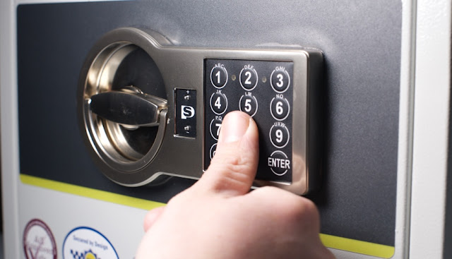 Cách dò mã số mật khẩu két sắt