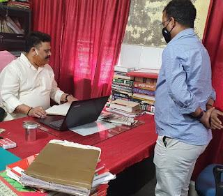 मंत्री ने उपनिबंधन कार्यालय का किया औचक निरीक्षण    #NayaSaberaNetwork