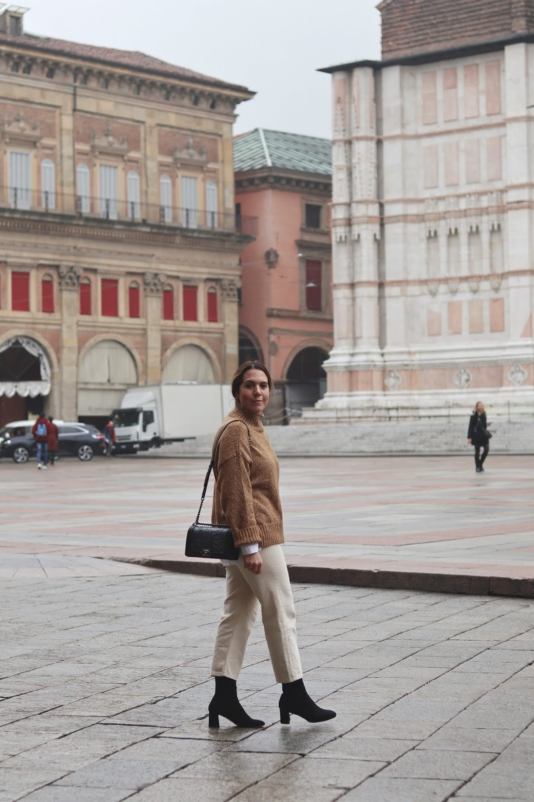 hm turtleneck sweater beige pants winter outfit aleesha harris bologna italy