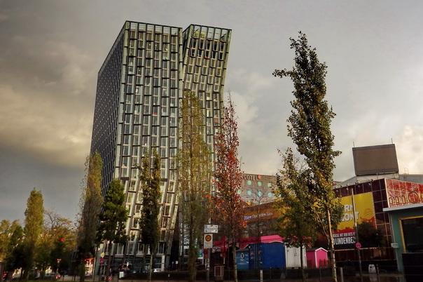 Reeperbahn, Hamburg, Hochhaus, Tag