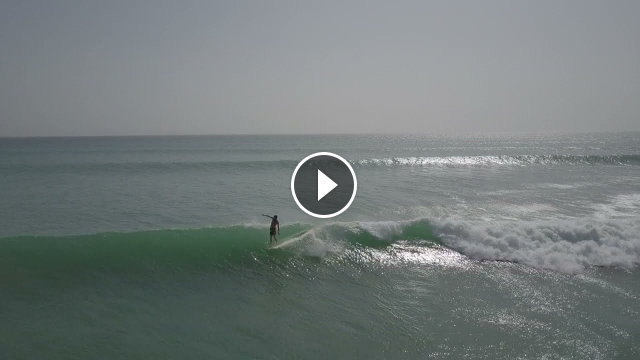 Surfing the Pointbreaks of Oman