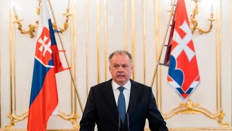 Pártot alapít a távozó szlovák államfő