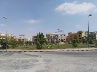 فيلا للبيع فى جنوب الاكاديمية القاهرة الجديدة التجمع بجوار كايروفيستيفال