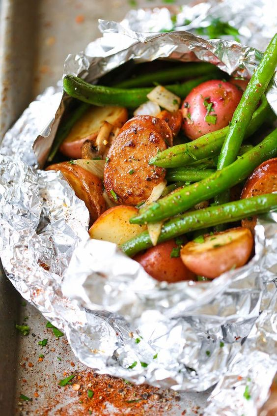SAUSAGE, POTATO AND GREEN BEAN FOIL PACKETS #recipes #dinnerrecipes #dinnerideas #easydinnerideas #easydinnerideasfor4 #food #foodporn #healthy #yummy #instafood #foodie #delicious #dinner #breakfast #dessert #yum #lunch #vegan #cake #eatclean #homemade #diet #healthyfood #cleaneating #foodstagram