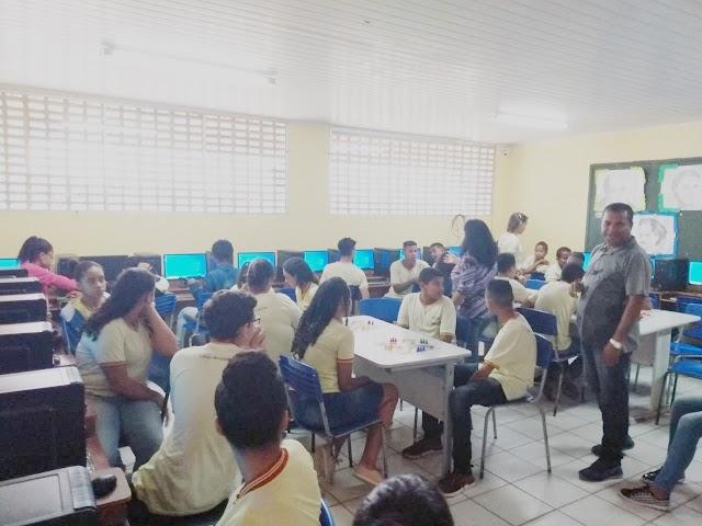 Macajuba: Infocentro é entregue aos alunos do Colégio Municipal José Pires