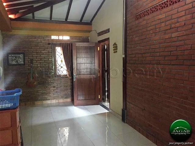 Rumah Semi Etnik jalan Kaliurang Km 13
