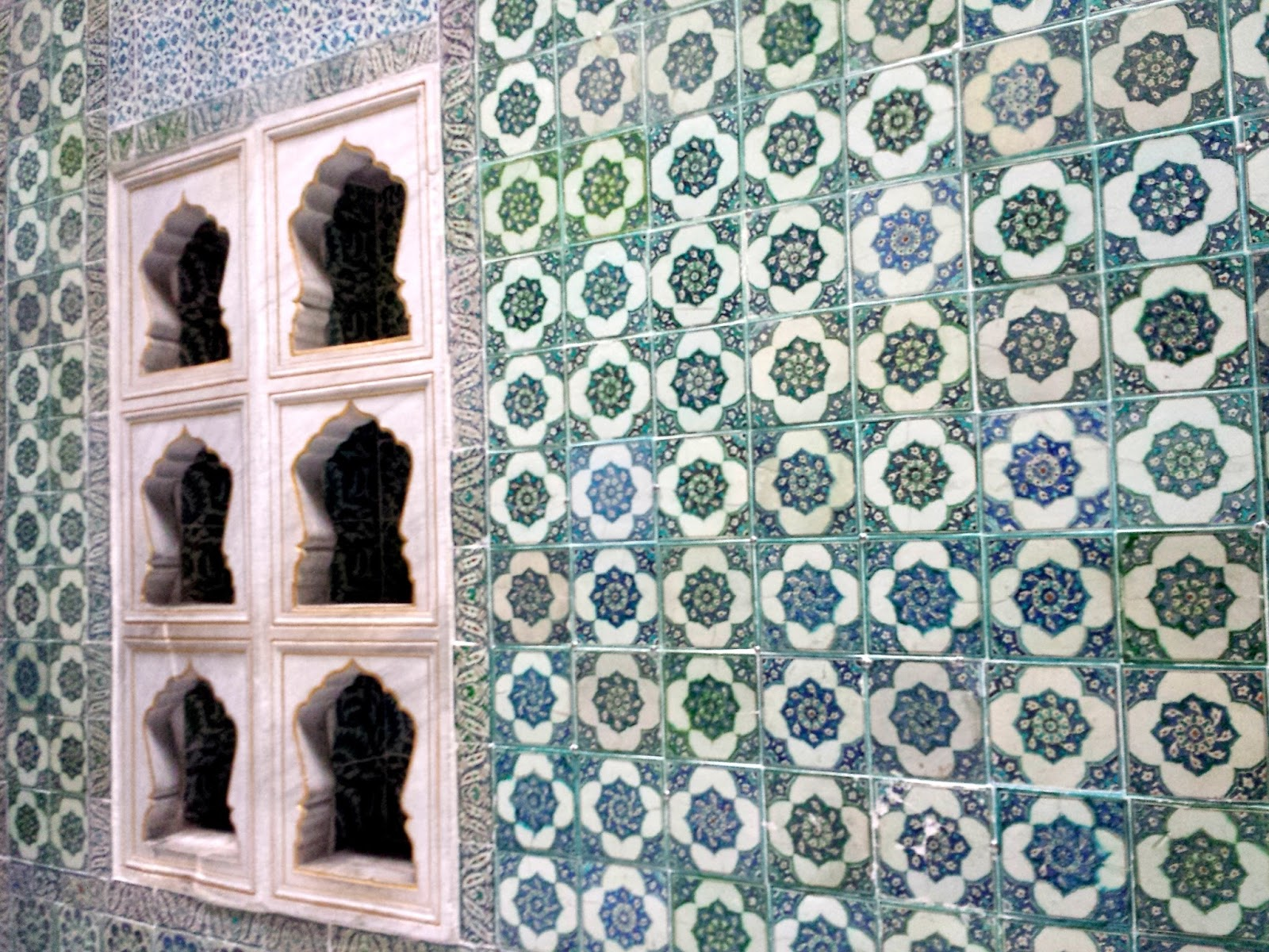 Visiting Istanbul for the first time, Topkapi Palace Harem  |  Postcard from Istanbul on afeathery*nest  | http://afeatherynest.com