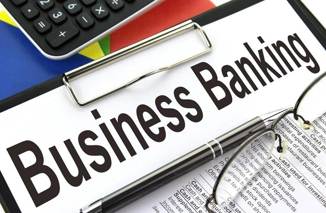 benefits business bank account