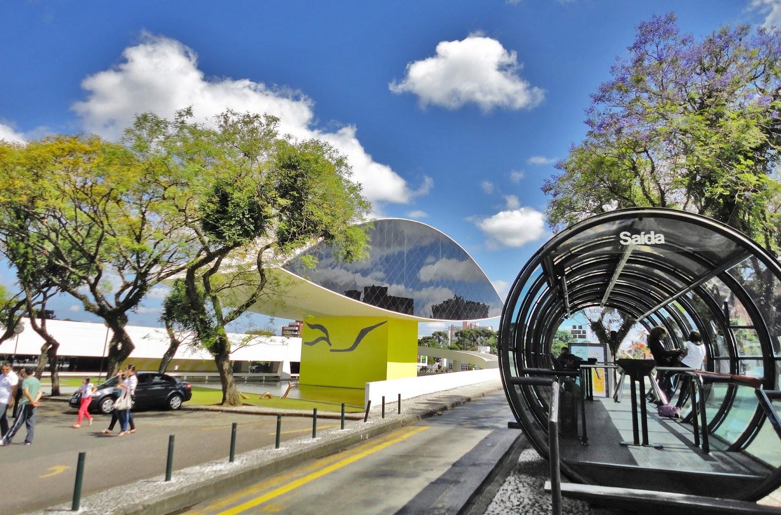 """Curitiba está entre os """"destinos em alta"""" pela América do Sul"""