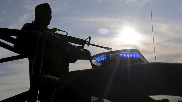 """""""Su mamá a cambio de mi esposo"""": Vecinos de una ciudad mexicana secuestran a la madre de un narco"""