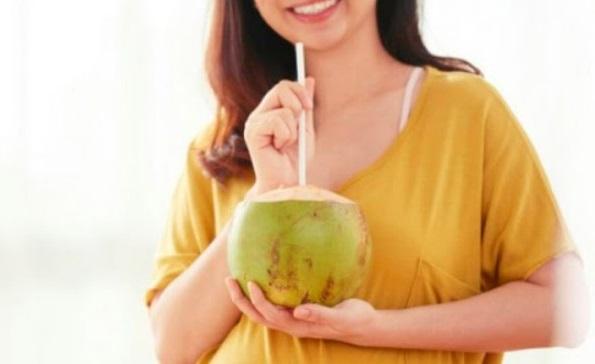 khasiat air kelapa untuk ibu hamil