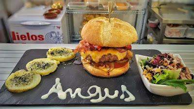 Hamburguesa de Wurst & Burger en Sevilla