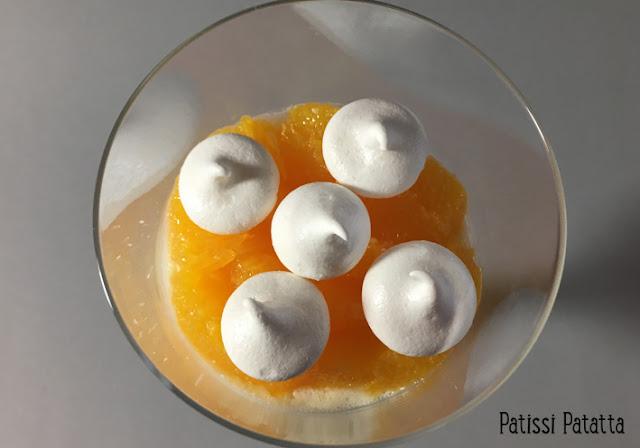 recette de panna cotta à la fleur d'oranger, panna cotta fleur d'oranger et suprêmes d'oranges, panna cotta orange et meringue, cuisiner de la panna cotta, recette de panna cotta, panna cotta, verrines panna cotta, vive la panna cotta, crème panna cotta, eau de fleur d'oranger, patissi-patatta