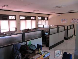 Office Divider Interior + Furniture Semarang