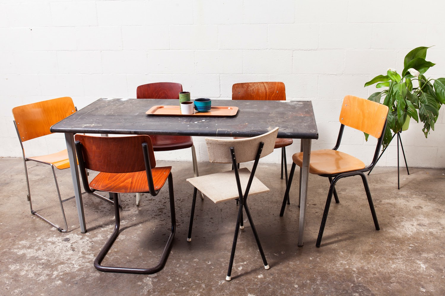 MIX AND MATCH: SCHOOL CHAIRS
