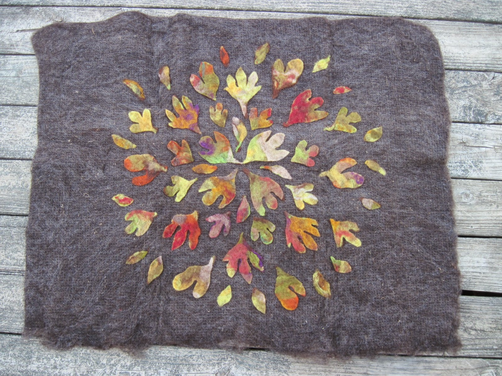 Gefilzte Teppiche Felted Rugs - Home Decor