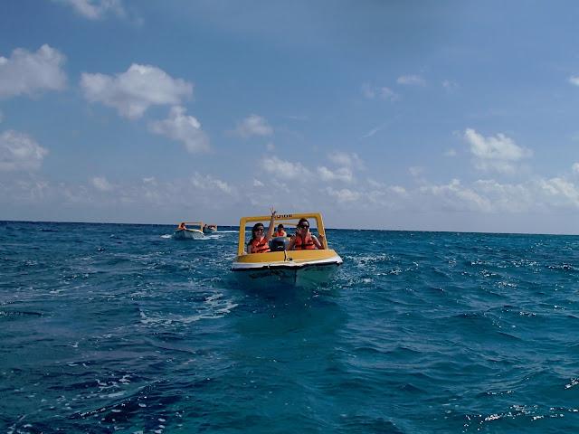 Mini Speedboat Adventure