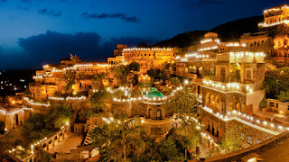 Taxi for Neemrana fort