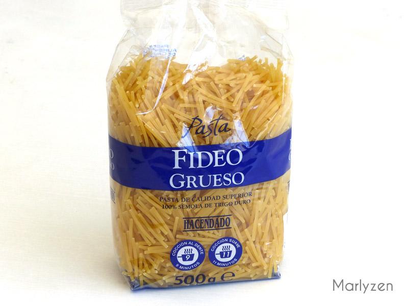 Fideos (vermicelles espagnols).